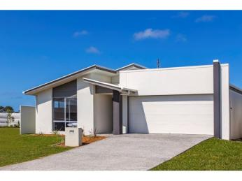 Property for sale henzells agency caloundra for 19 west terrace caloundra